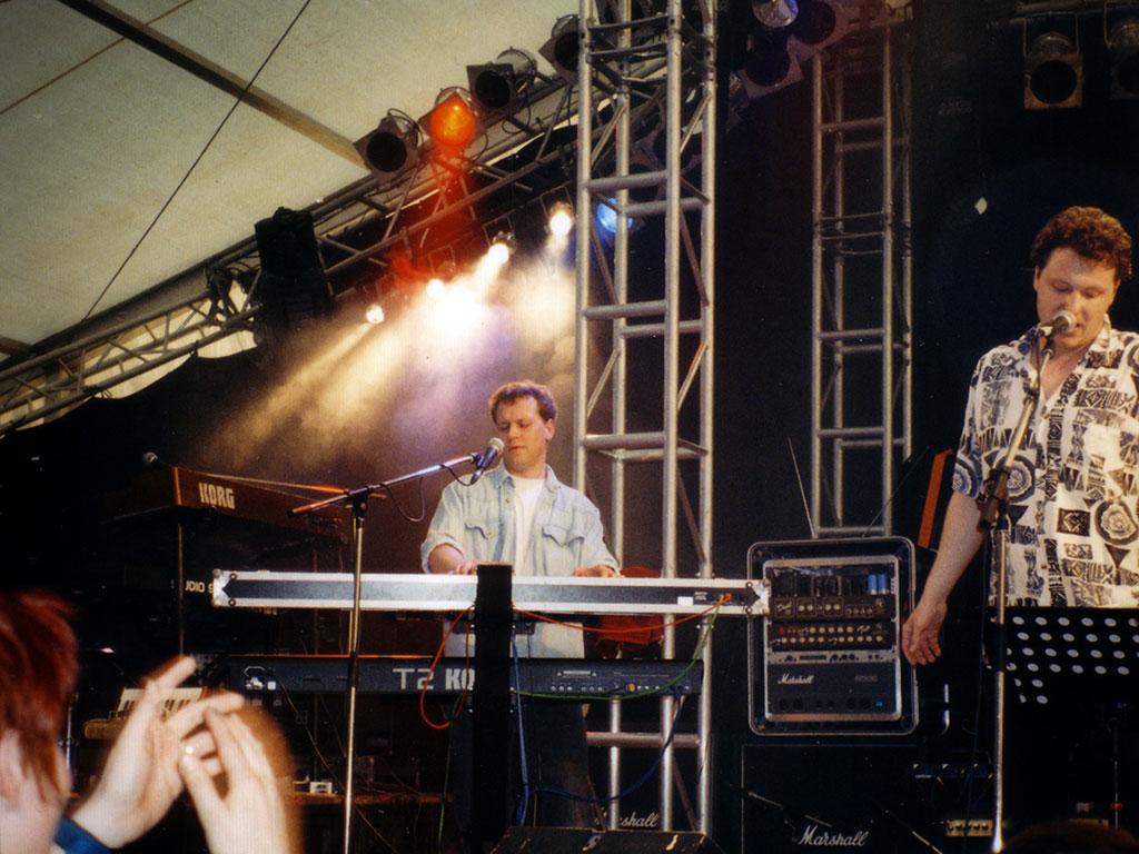 smg-1998-1
