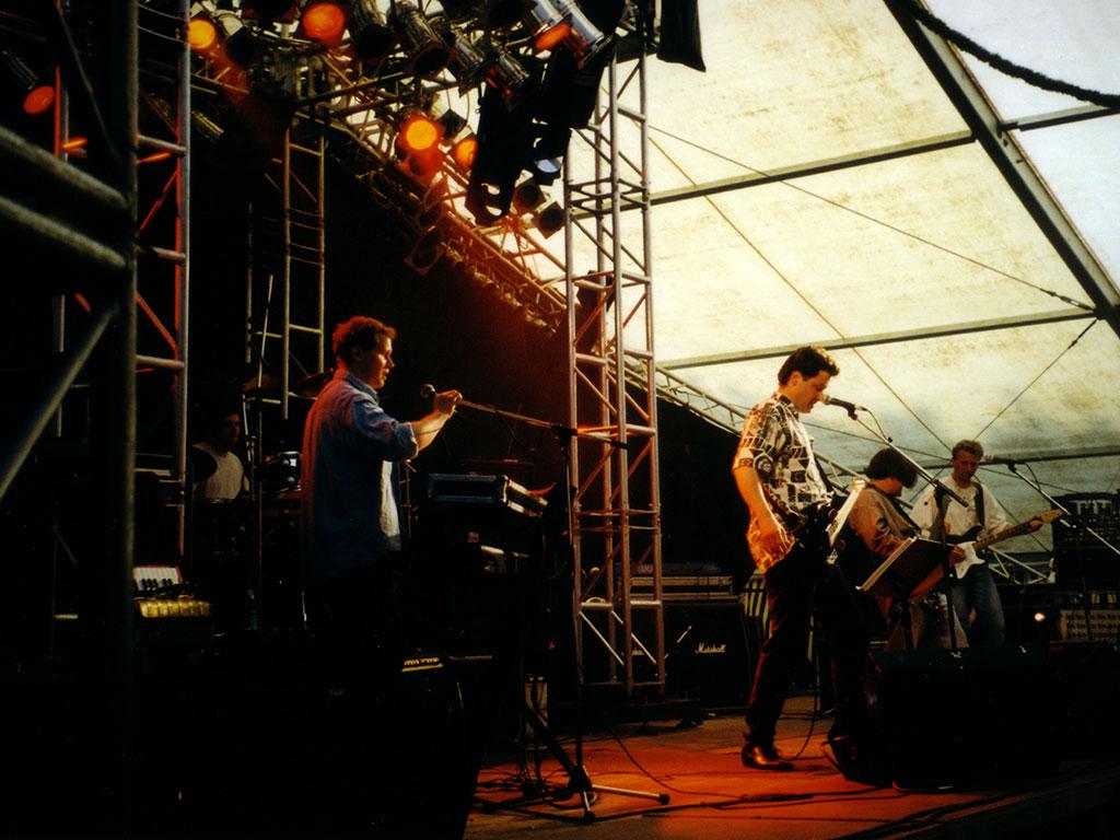 smg-1998-10